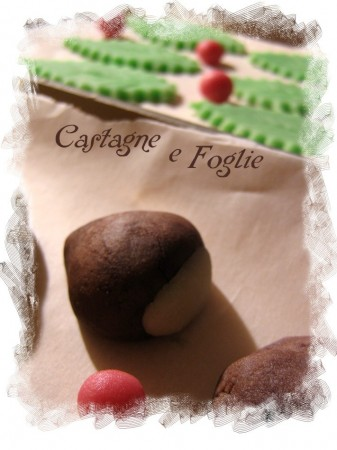 Castagne in pasta di mandorle