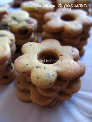 Biscotti di pasta frolla e semi di papavero