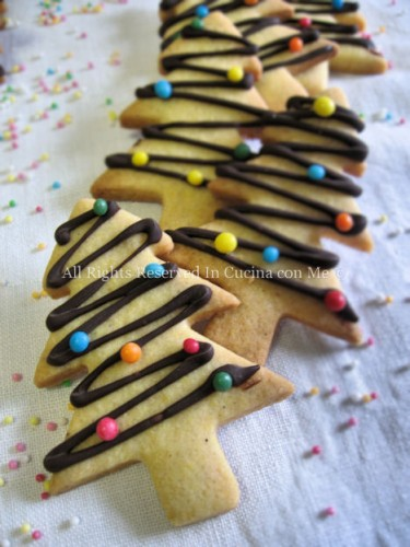 Codette colorate sui biscotti dress