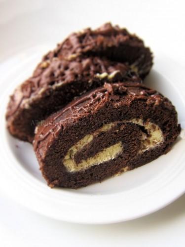 Rotolamisù; biscotto arrotolato al cacao ripieno di crema al mascarpone