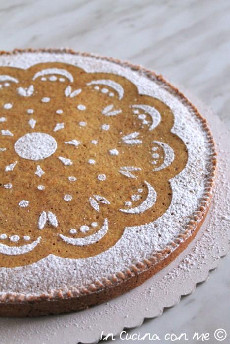 Crostata integrale con crema frangipane