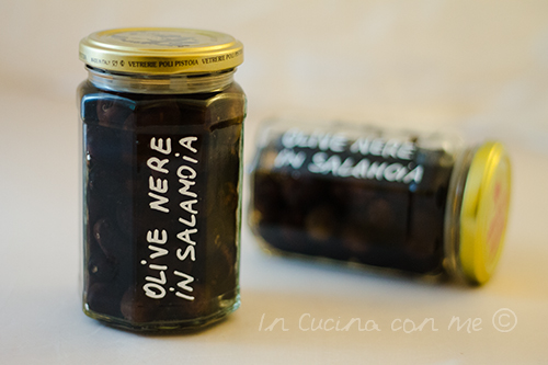 Olive nere in salamoia 1
