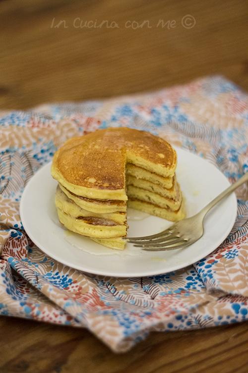 ricotta pancakes con burro al miele