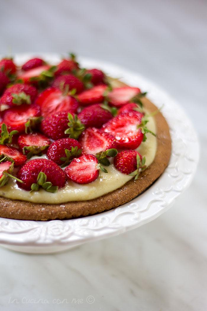 Strawberry-cookie-tart-