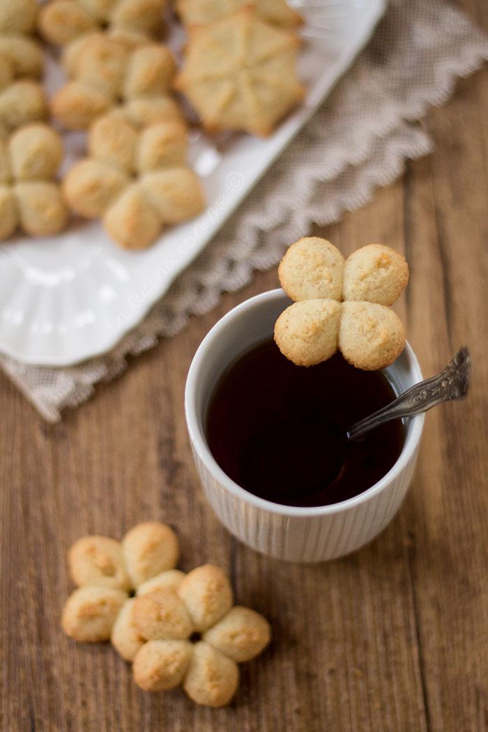 biscotti al cocco sparati