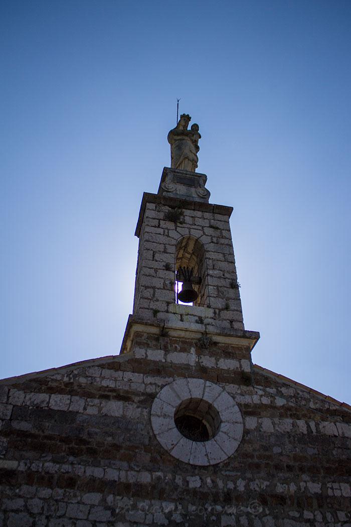madonna-sulla-Chapelle-Notre-Dame-du-Roc