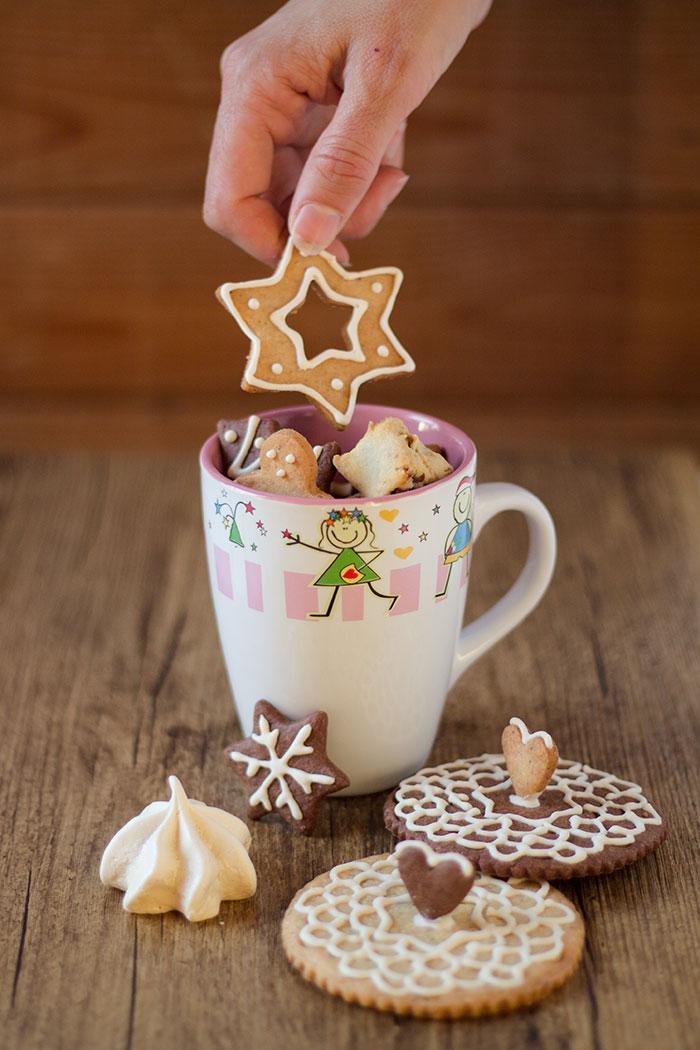 Biscotti copri tazza regalo