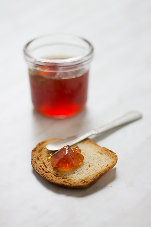 Gelatina di miele mele e rosmarino
