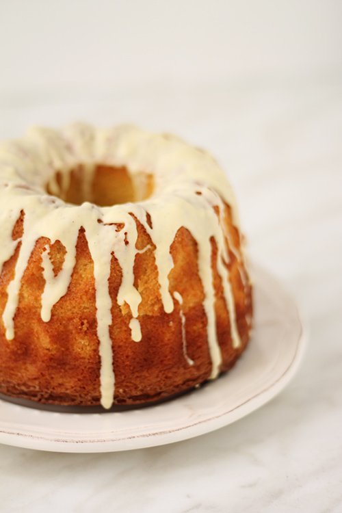 Zafferano bundt cake