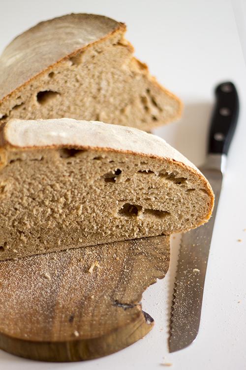Pane con farina macinata a pietra