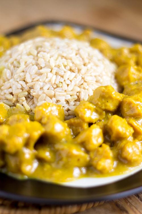 Curry di soia con riso